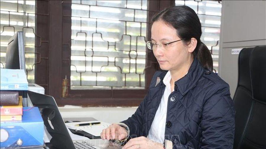 Những nữ giảng viên đam mê nghiên cứu khoa học
