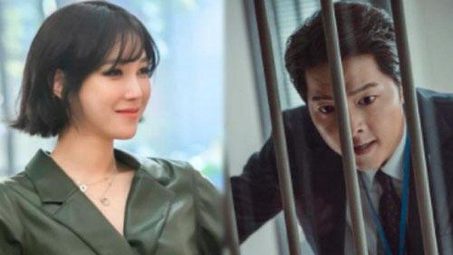 Lee Ji Ah vừa tái xuất, rating Penthouse 2 tiếp tục tăng vọt như tên lửa