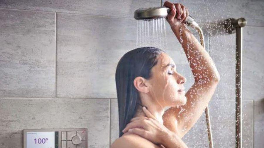 Đây là kiểu tắm cực nguy hiểm trong mùa hè: Đem lại cảm giác thoải mái nhưng tàn phá sức khỏe rất nhanh, thậm chí gây tai biến, đột quỵ