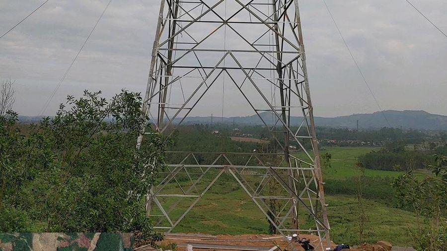 Phấn đấu hoàn thành đường dây 500kV Dốc Sỏi – Pleiku 2 trong tháng 3/2021