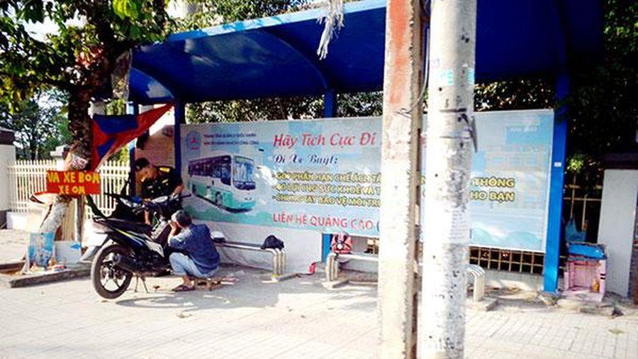 Biến nhà chờ xe buýt thành chỗ sửa xe