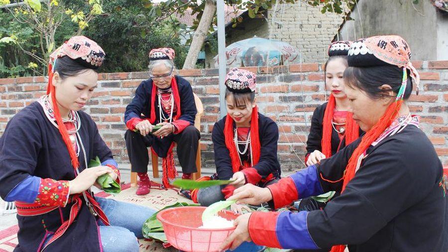 Góp phần gìn giữ và phát huy bản sắc văn hóa truyền thống