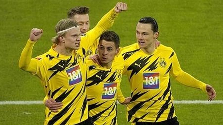 Haaland bật cao siêu ấn tượng nhưng Bayern 'không cần'