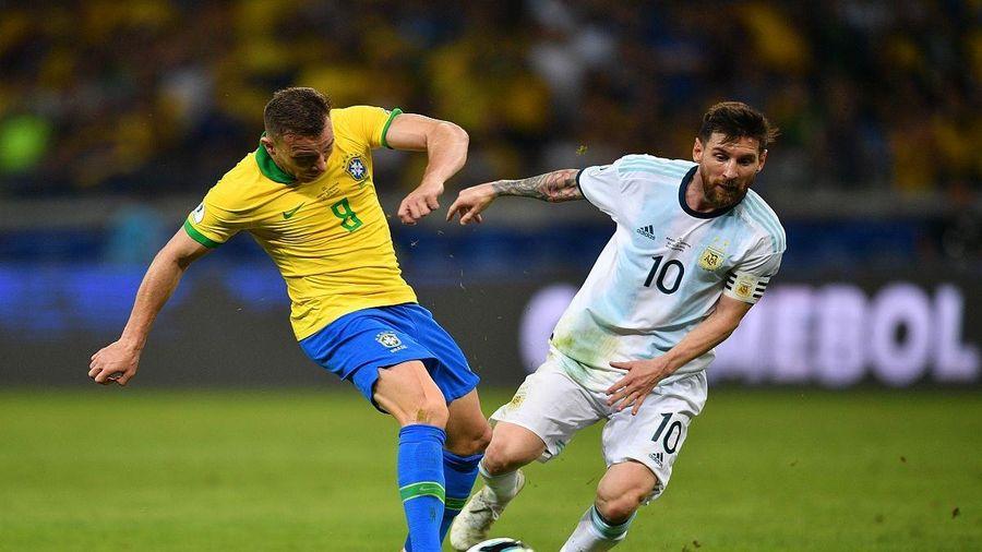 Vòng loại World Cup 2022: Trận 'siêu kinh điển' Brazil - Argentina bị hoãn