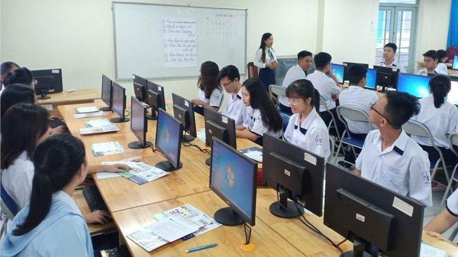 Thí điểm dạy tiếng Hàn: Phụ huynh TP.HCM đồng tình, giáo viên lo nguồn nhân lực