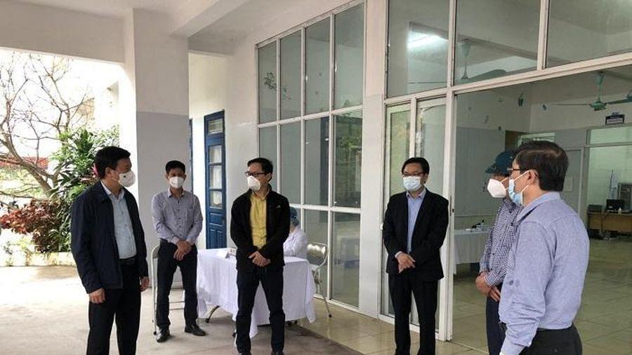 Ngày mai, 80 người sẽ tiêm vaccine COVID-19 mũi đầu tiên tại Hải Dương