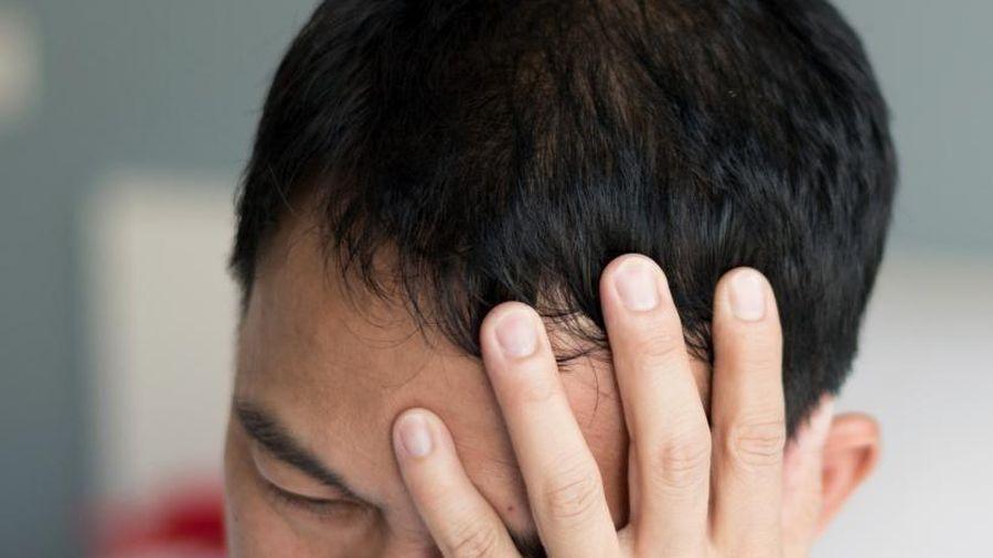 Thủ phạm khiến người đàn ông tại Trung Quốc suýt bị mù khi uống nước