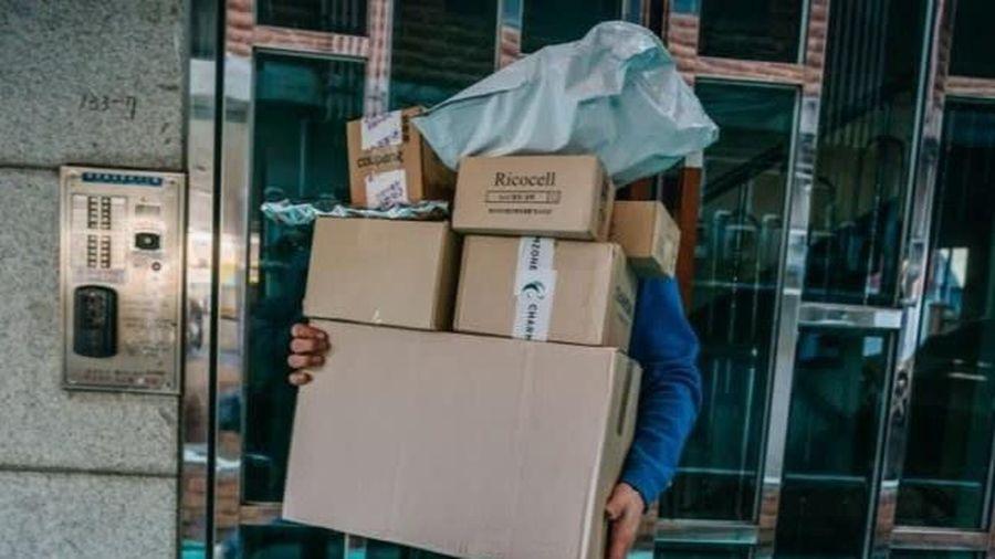 Nhân viên giao hàng Hàn Quốc chết vì làm việc quá sức