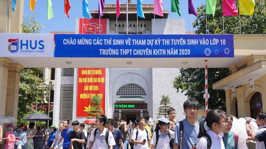 Tuyển 540 học sinh vào lớp 10 Trường chuyên Khoa học Tự nhiên