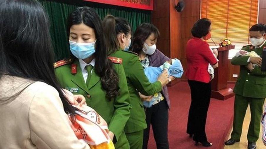 Khởi tố, bắt tạm giam 8 đối tượng trong đường dây buôn bán trẻ em sang Trung Quốc