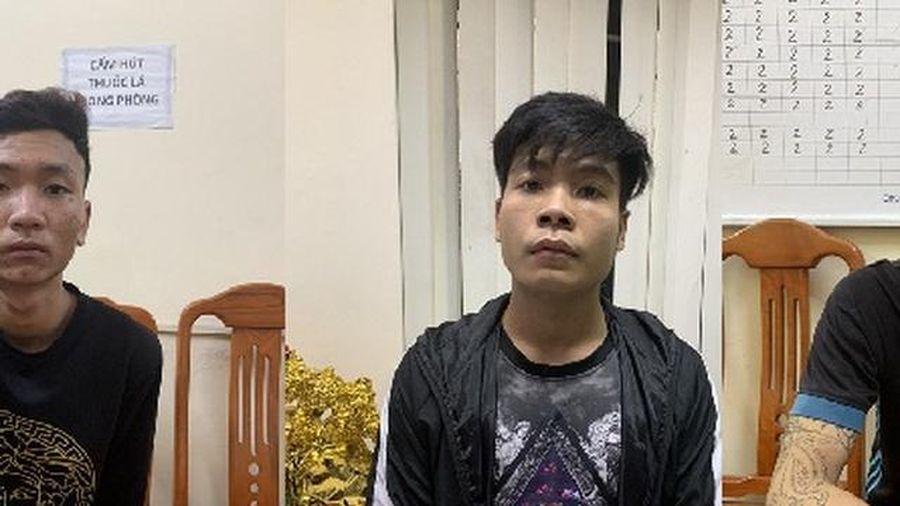 Nam thanh niên bị 3 kẻ lạ mặt khống chế, cướp tài sản trong đêm