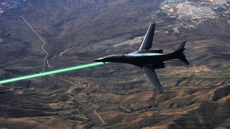 Mỹ thử nghiệm pháo laser cho máy bay chiến đấu