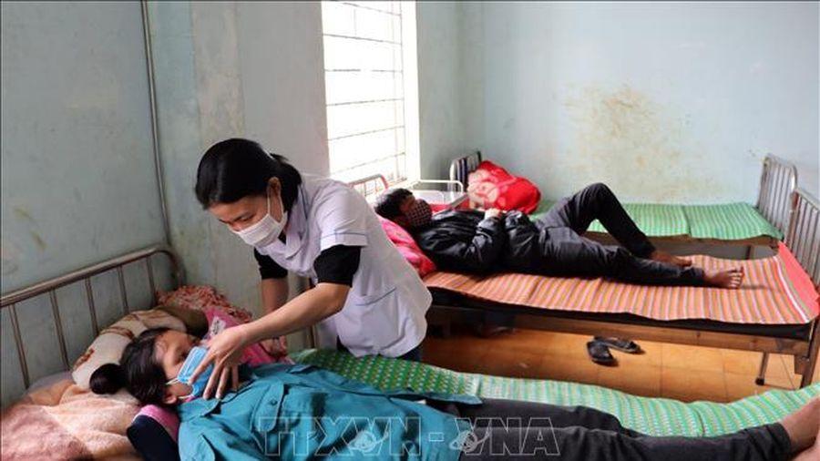 Ba người tử vong, 21 người nhập viện chưa rõ nguyên nhân sau 'Tết chuồng trâu'