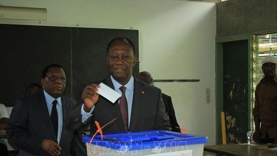 Tổng thống Côte d'Ivoire bổ nhiệm Thủ tướng lâm thời