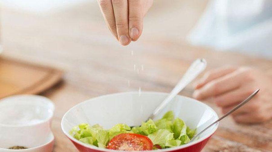 Sự thật ít người biết về các thành phần phụ gia trong thực phẩm: Tăng hương vị nhưng cũng gây hại không kém