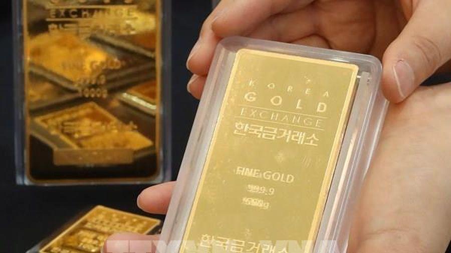 Giá vàng châu Á phục hồi từ mức thấp nhất trong chín tháng