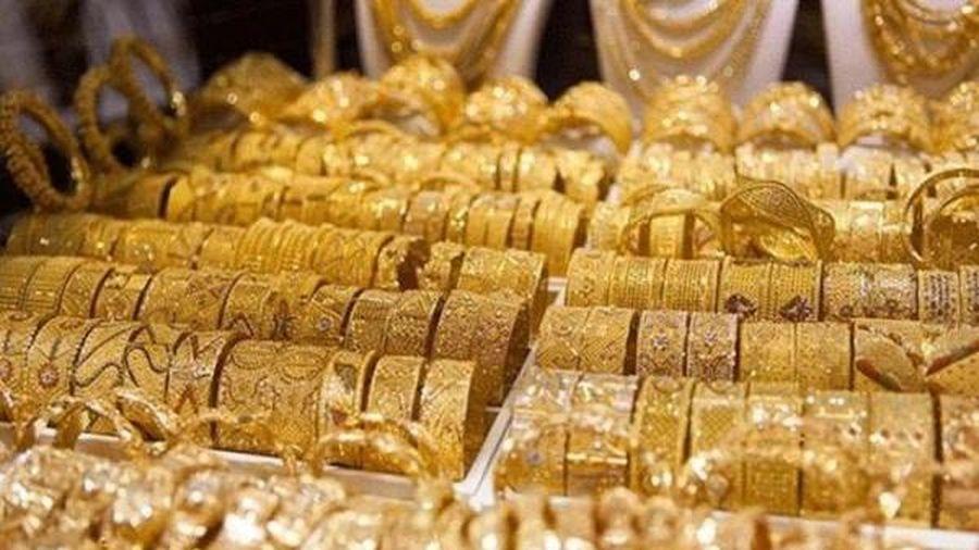 Giá vàng vẫn chịu áp lực giảm
