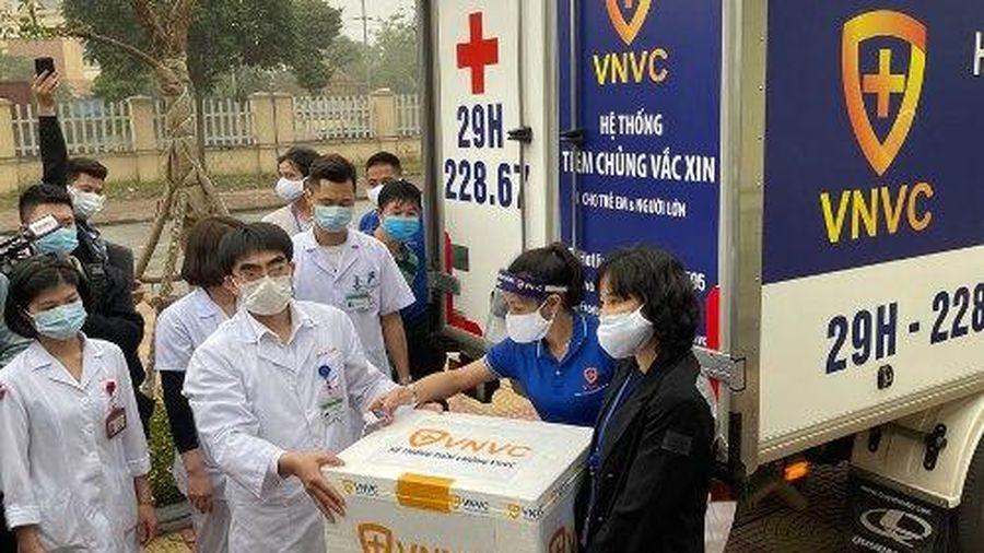 Hà Nội: Sáng 9/3, Bệnh viện Thanh Nhàn bắt đầu tiêm vaccine Covid-19