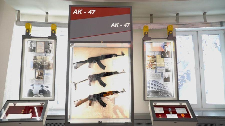 Độc đáo bảo tàng vũ khí Kalashnikov tại Cộng hòa Udmurtia (Nga)