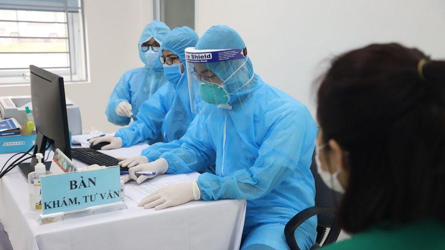 Thêm 12 ca mắc COVID-19 ở Việt Nam