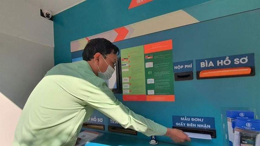 Thành phố Hồ Chí Minh: Lần đầu tiên nhận trả hồ sơ qua ''ATM''