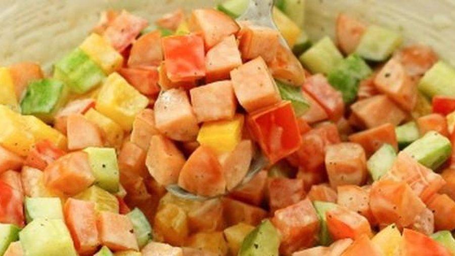 Buổi tối quyết tâm vào bếp làm món salad này, thành quả sẽ khiến chị em chỉ cần nhìn thôi cũng thấy no!