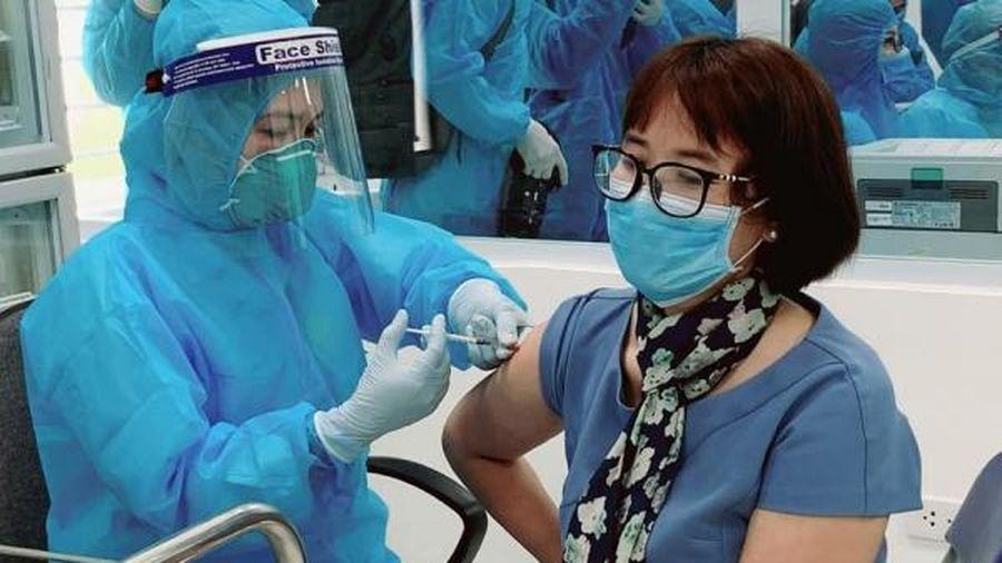 Việt Nam đảm bảo an toàn cao nhất trong tiêm chủng vắc xin COVID-19