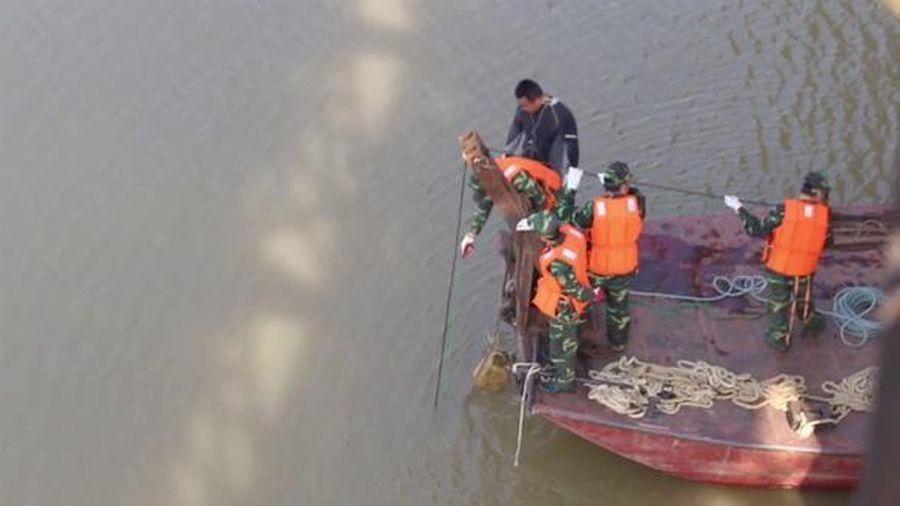Hà Nội thí điểm mô hình trục vớt, cứu hộ cứu nạn trên sông Hồng