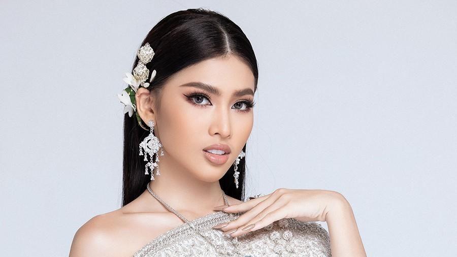 Á hậu Ngọc Thảo hóa thân thành cô nàng Thái Lan