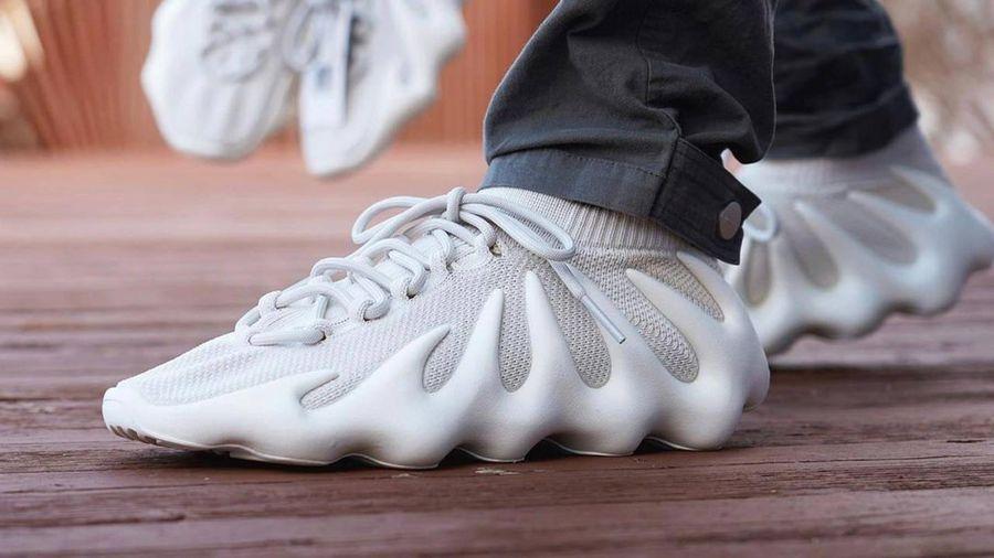 6 mẫu giày sneakers mới có giá bán lại tăng gấp nhiều lần