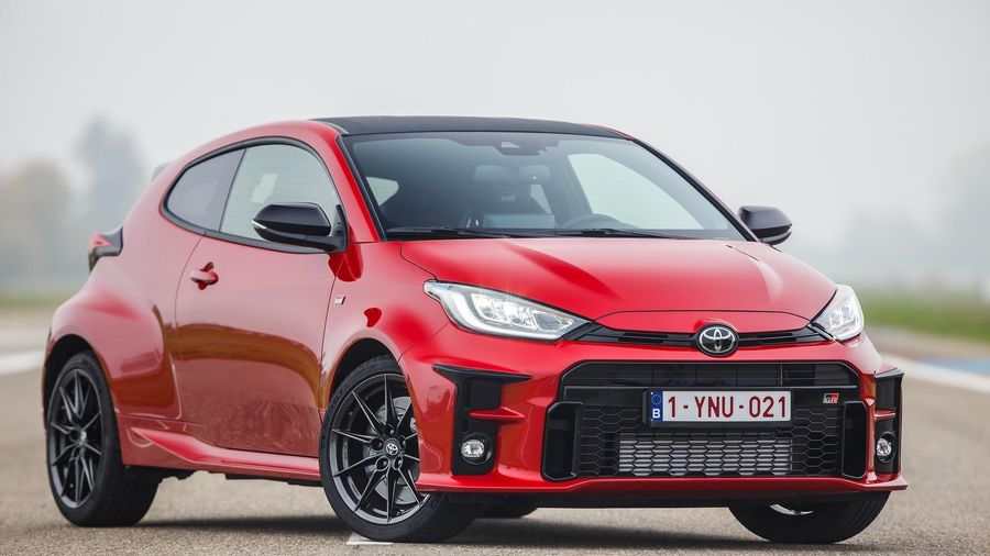 Toyota GR Yaris đạt giải xe của năm 2021 tại Anh
