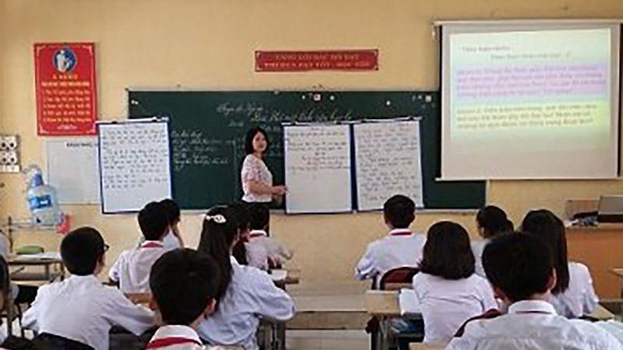 Say mê dạy các giá trị văn hóa dân tộc