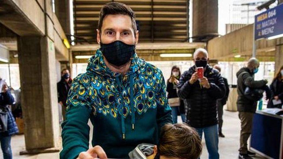 Tân chủ tịch Joan Laporta tin tưởng Messi sẽ ở lại Barcelona
