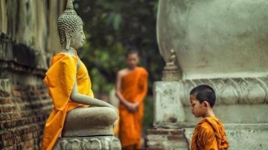 10 dấu hiệu chứng tỏ bạn có duyên với Phật, cuộc đời hạnh phúc chẳng ai bằng