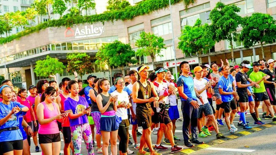 Một CLB có hơn 400 người dự Tiền Phong Marathon 2021