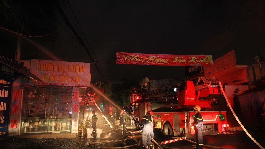Hải Phòng: Hỏa hoạn thiêu rụi nhiều tài sản một công ty thiết bị điện