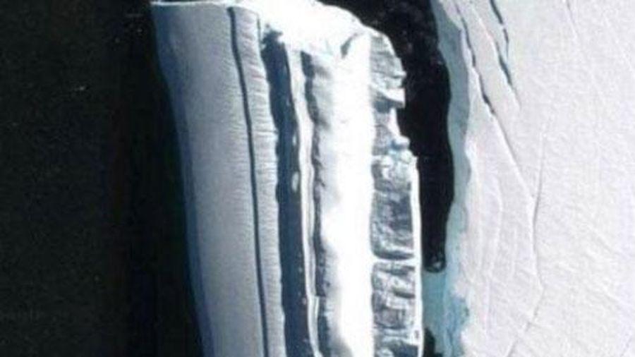 Phát hiện vật thể bị nghi là tàu của người ngoài hành tinh ở Nam Cực