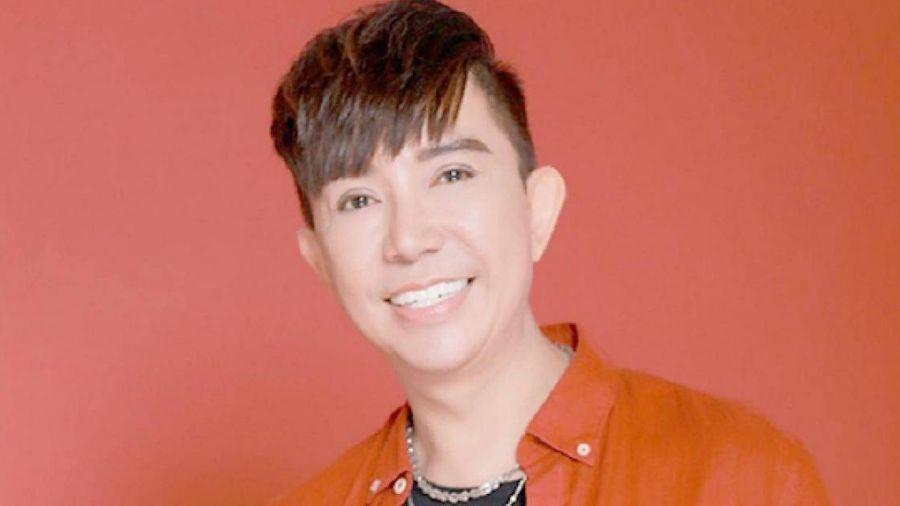 Ca sĩ Long Nhật: Đừng phân biệt ca sĩ hội chợ hay chính thống