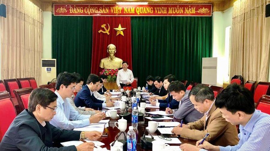 Phó Chủ tịch UBND tỉnh Nguyễn Văn Thi kiểm tra công tác bầu cử tại huyện Hà Trung