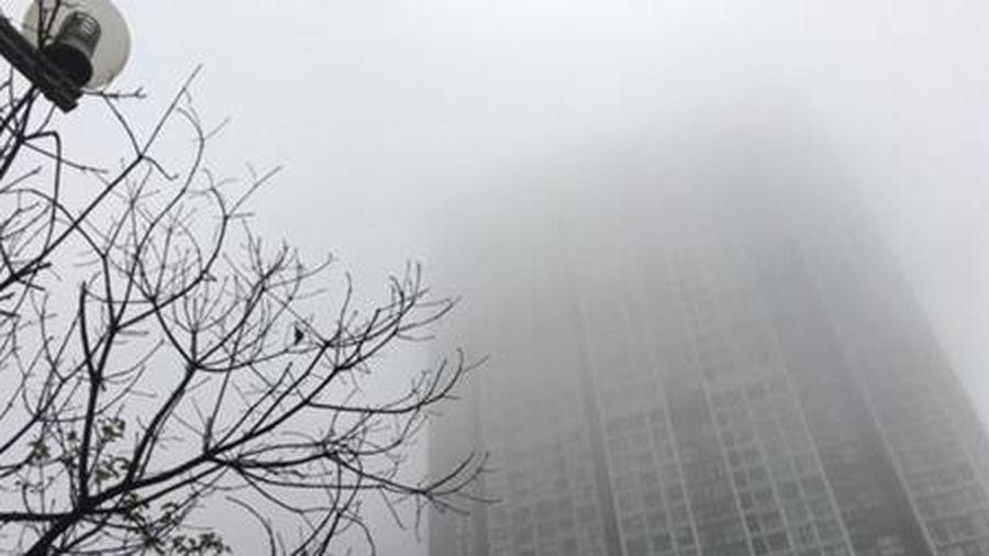 Bắc Bộ mờ mịt sương mù, Nam Bộ nắng nóng