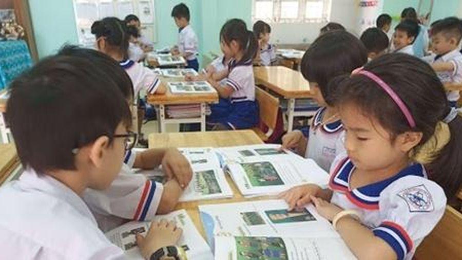 Bắt đầu đưa tài liệu giáo dục địa phương vào giảng dạy