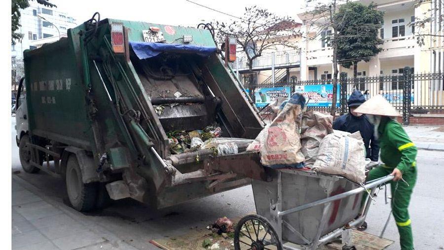 Tăng cường kiểm tra, xử lý các xe chở rác không bảo đảm kỹ thuật