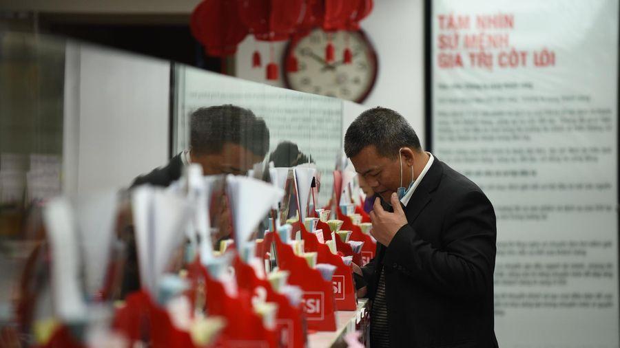 Nâng lô giao dịch tối thiểu lên 1.000 cổ phiếu, Việt Nam ngược dòng thế giới