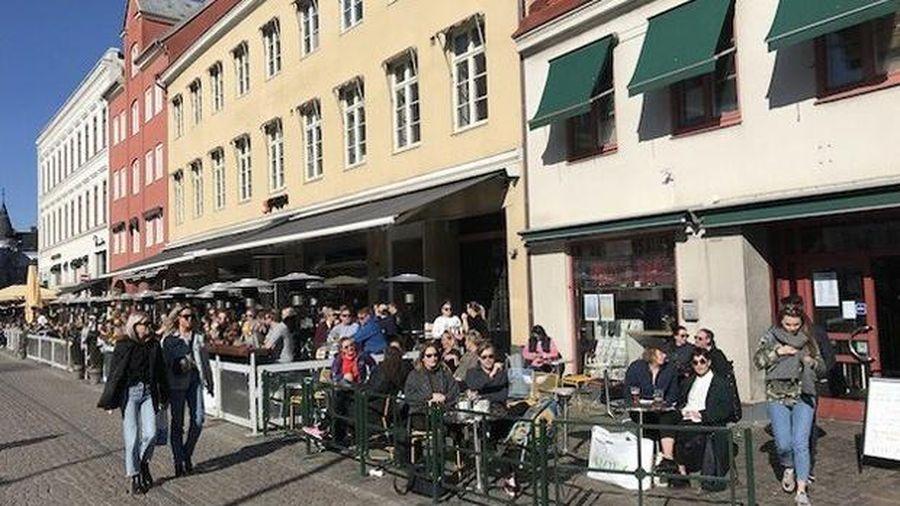Thụy Điển tăng đột biến ca mắc Covid-19 phải chăm sóc đặc biệt