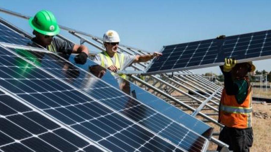 Sự thật về tấm pin năng lượng mặt trời
