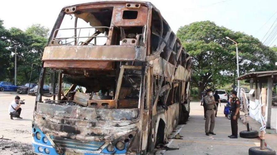 Thái Lan: Cháy xe khách làm 17 người thương vong
