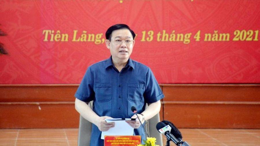 Chủ tịch Quốc hội Vương Đình Huệ kiểm tra công tác chuẩn bị bầu cử tại TP Hải Phòng