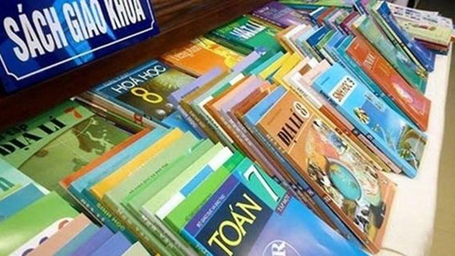 Tiếp tục đánh giá, xem xét bổ sung sách giáo khoa vào danh mục nhà nước định giá