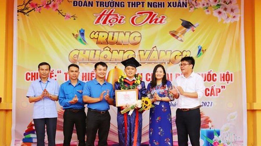100 học sinh Nghi Xuân tham gia rung chuông vàng về bầu cử