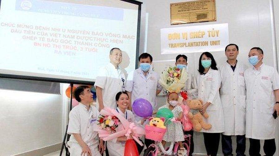 Bệnh nhi 3 tuổi bị u nguyên bào võng mạc di căn được điều trị thành công